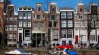Amsterdam ist Touristenmagnet und nicht alle freuen sich darüber.