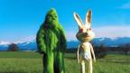 Schon immer war das Belluard Bollwerk International ein experimentierfreudiges  Festival – hier die Mascottchen von 2003: Der Affe und der Hase.
