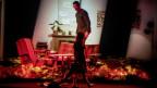 """Szene aus der Oper """"Blank Out"""" von Michel van der Aa. Der niederländische Komponist verbindet Oper und Filmelemente zu neuen Konzertformen"""