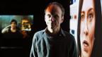 Der deutsche Künstler Julian Rosefeldt bringt «Manifesto» mit Cate Blanchett ins Kino.