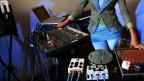 Mit relativ wenig Equipment, kann man sein Schlafzimmer in ein Tonstudio verwandeln.
