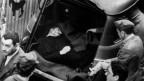 Aldo Moro war auf dem Weg zum Parlament, als die Brigate Rosse zuschlugen, alle Leibwächter töteten und Aldo Moro entführten.