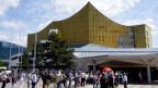 im Rahmen eines Projekts der Berliner Philharmoniker sind hunderte von Amateur-Musikerinnen und -Musiker nach Berlin gekommen.