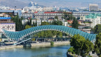 Die Friedensbrücke in Tiflis