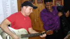 Paul Simon und Joseph Shambala