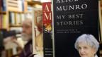 Bücher von Alice Munro.