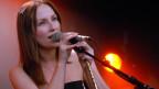 Julie Fowlis singt