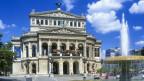 Foto des Gebäudes der Frankfurter Oper.