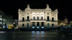Opernhaus von zürich bei Nacht