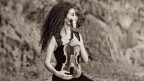 Die Bergwelt als musikalische Inspiration: Geigerin Chouchane Siranossian.