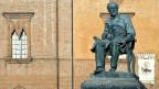 Denkmal des Komponisten Giuseppe Verdi in Busseto.