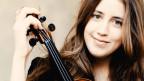 Vilde Frang mit einer Geige