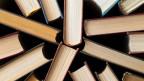 Foto von Büchern von oben