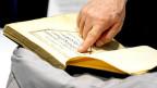 Der Koran nun aus wissenschaftlicher Perspektive an manchen deutschen Universitäten.