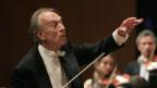 Dirigent vor Orchester