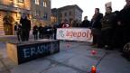 Studenten beerdigen vor dem Bundeshaus symbolisch das Erasmus-Programm, 20.2.2014.