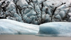Wegen der schmelzenden Gletscher steigt Island pro Jahr 35 mm in die Höhe.