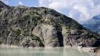 Auf knapp 2000 Metern Höhe: der Grimselpass mit Stausee.