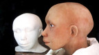 Zwischenstadien in der Nachbildung des Kopfes eines vierjährigen Neandertalkindes basierend auf einer computerunterstützten Rekonstruktion des Schädels, Handout des Anthropologischen Instituts der Universität Zürich.