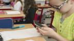 Integrieren statt verbieten: Schulen nutzen Smartphones teilweise im Unterricht.
