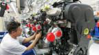 Dieselmotor in der Montagehalle