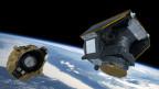 Montage des Cheops-Weltraumteleskops im Weltraum