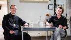Abt Urban Federer und Arno Camenisch lachen in die Kamera