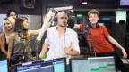 Nemo und sein Produzent Dodo im Radiostudio SRF 3.