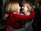 Die Gewinnerinnen der Regierungsratswahlen im Kanton Solothurn: Links Susanne Schaffner-Hess von der SP, rechts Brigit Wyss von den Grünen.