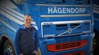 Der 47-jährige Lastwagenchauffeur fährt auch in der Coronakrise regelmässig in die Lombardei
