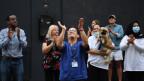 Applaus - auch in der Schweiz wurde für die Corona-Helfer geklatscht