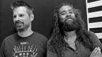 Elektropop-Produzent Sylvain Ehinger und Singer/Songwriter Mark Kelly sind zusammen The Shamanics