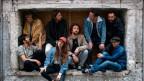 Ein Bild, entstanden vor Corona: Die 8-köpfige Band Al Pride veröffentlicht heute ihre neue EP «Spruce»