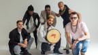 Der Titel der neuen EP von Afriquoi hat es schon in sich: «Time is A Gift Which We Share All The Time». Zeit ist ein Geschenk, das wir jederzeit teilen - am liebsten wohl mit tanzendem Publikum.