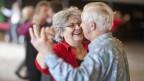 Wir werden immer älter. Wer das Kapital statt die Rente bezieht, muss gut kalkulieren.