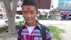 Der 27jährige nepalesische Gastarbeiter will nach Saudi-Aarabien, auf eine Dattelplantage.  «Ich bin glücklich, weil ich viel Geld verdienen werde.»  Ob sich sein Traum erfüllt?