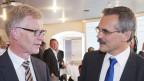 Jean-Pierre Siggen, CVP (links) schafft es knapp vor Jean-François Steiert, SP (rechts) in die Regierung