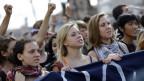 Studenten protestieren gegen Sparmassnamen in Rom.
