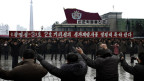Nordkoreaner feiern erfolgreichen Raketentest (Dez. 2012)