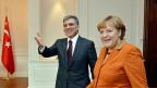 Der türkische Präsident Abdullah Gul und die deutsche Bundeskanzlerin Angela Merkel in Ankara.