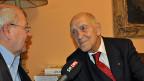 Stéphane Hessel im Interview mit Frankreich-Korrespondent Ruedi Mäder, Dezember 2011.