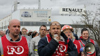 Arbeiterproteste vor dem Renault-Werk in Flins bei Paris.
