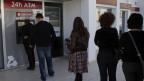 Zyprioten wollen ihr Geld vor der Solidaritätsabgabe retten