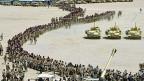 US-Invasion in Irak 2003: Aufmarsch der Wüstenfüchse in der kuwaitischen Wüste - unweit der irakisch-kuwaitischen Grenze.