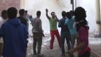 Junge koptische Christen rufen nach Hilfe nach einem Anschlag  im April 2013.