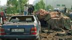 Das Auto von Richter Giovanni Falcone nach dem Bombenattentat bei Palermo am 23. Mai 1992.