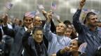 Mehr als 5000 Leute sind am Dienstag an einer Feier in Los Angeles US-BürgerInnen geworden. Präsident Obama und eine überparteiliche Gruppe von Senatoren haben Vorschläge für ein neues US-Einbürgerungsgesetz präsentiert.