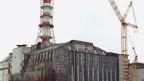 Aussenansicht des mit dem sogenannten «Sarkophag» aus Beton versiegelten Reaktors 4 Kernkraftwerks Tschernobyl in der Ukraine.