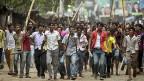 Die Proteste für bessere Arbeitsbedingungen dauern seit Tagen an. Hier am 30. April in Savar, in der Nähe Dhakas, wo ein Hauseinsturz 400 Tote forderte.