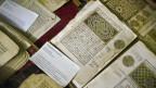 Alte islamische Handschriften in klimatisierten Zimmern in der Ahmed Baba-Bibliothek in Timbuktu, Mali.